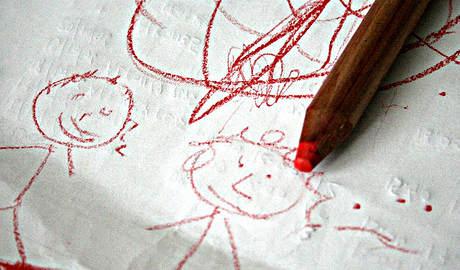 carta e penna, scarabocchi, pensieri